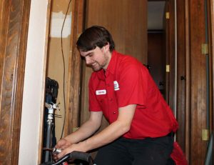furnace repair and new heating system technician